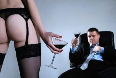 Все ли мужчины ходят к проституткам поговорка проститутка в постеле, хозяйка